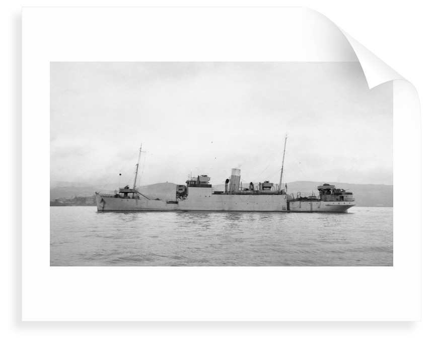 The 'Rathlin' (Br, 1936),  at anchor probably in the Clyde by unknown