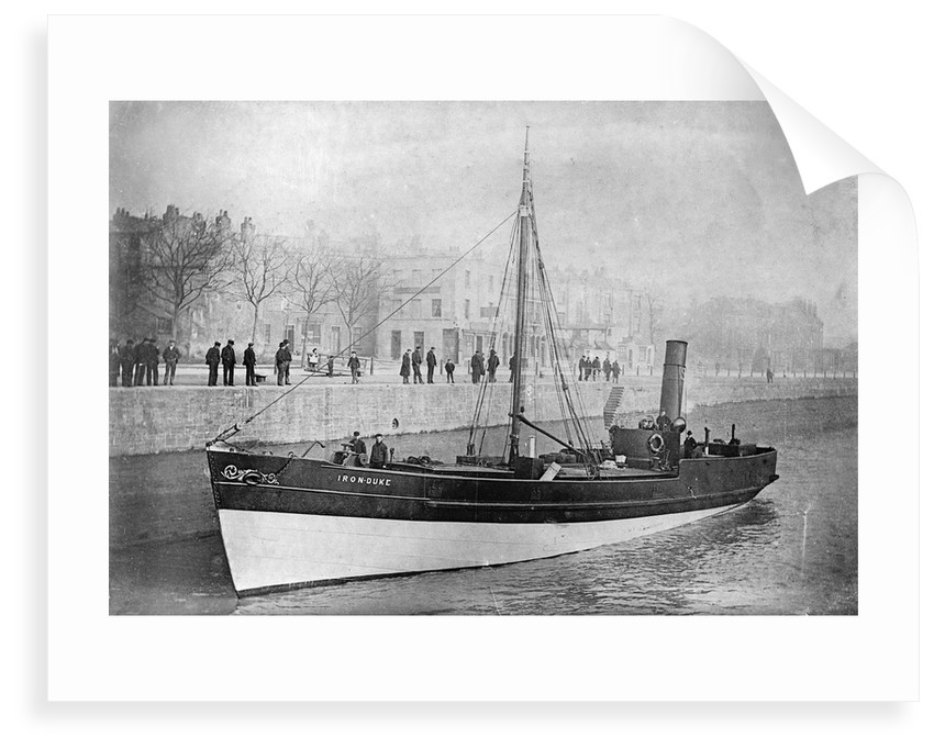 Steam barge 'Iron Duke' (1857), under way on the river Avon by Anonymous