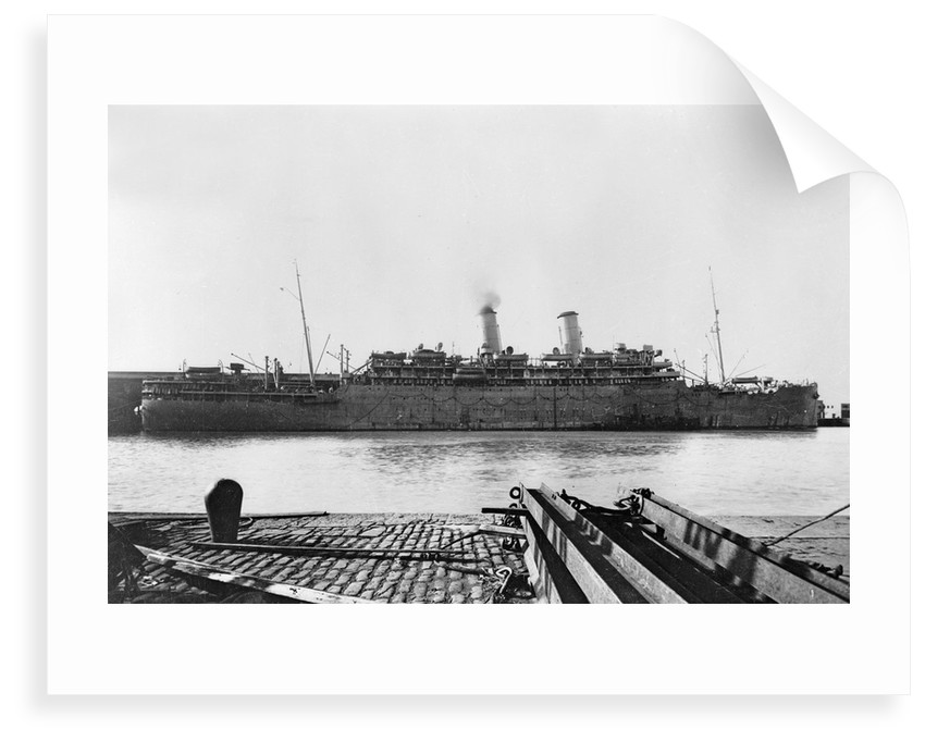 'Otranto' (Br, 1925), at quayside as a troopship by unknown