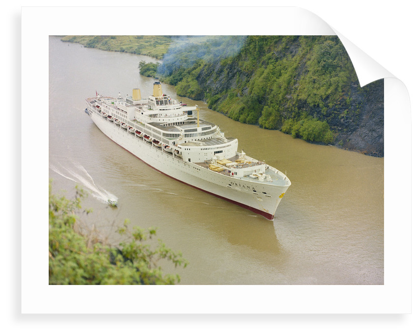 'Oriana' Passing through the Panama Canal by unknown