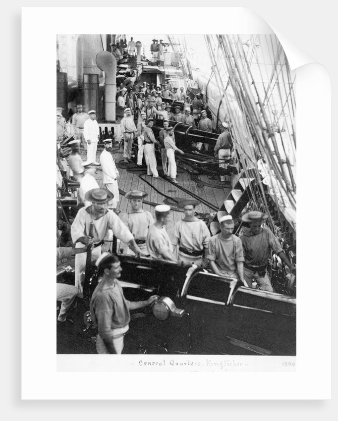 HMS 'Kingfisher' crew by unknown