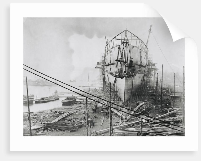'Great Eastern' under construction at Blackwall, 1858 by Robert Howlett