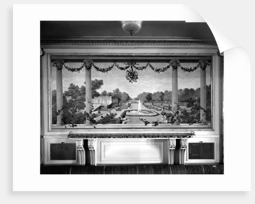 Decorative painting in the First Class Dining Saloon on the 'Aquitania' (1914) by Bedford Lemere & Co.