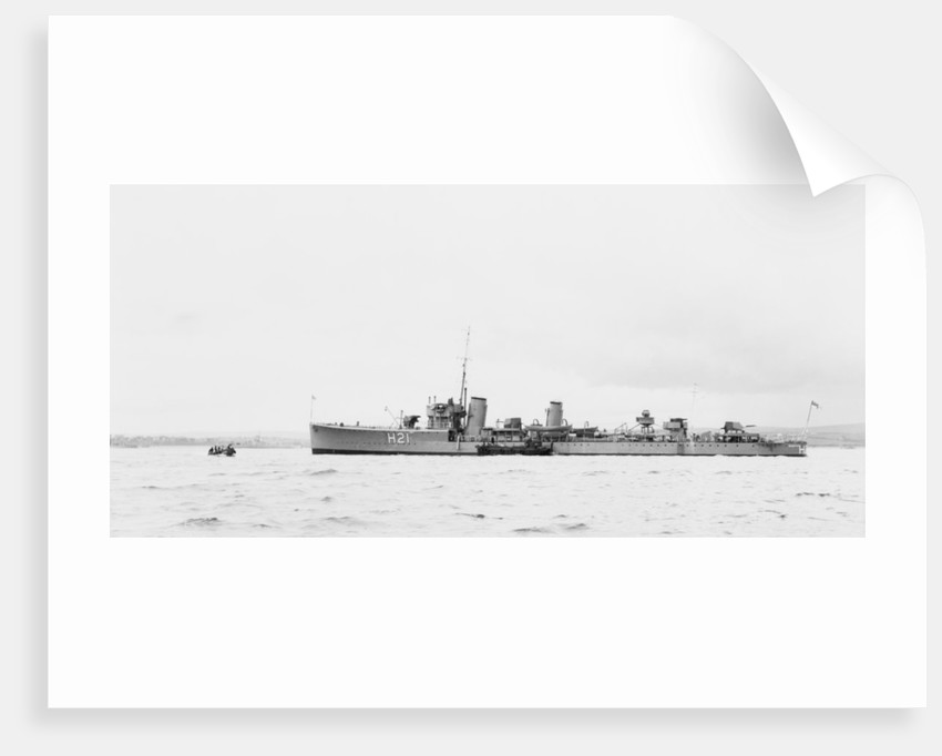 Destroyer HMS 'Scimitar' (1918), pendant H21 by unknown