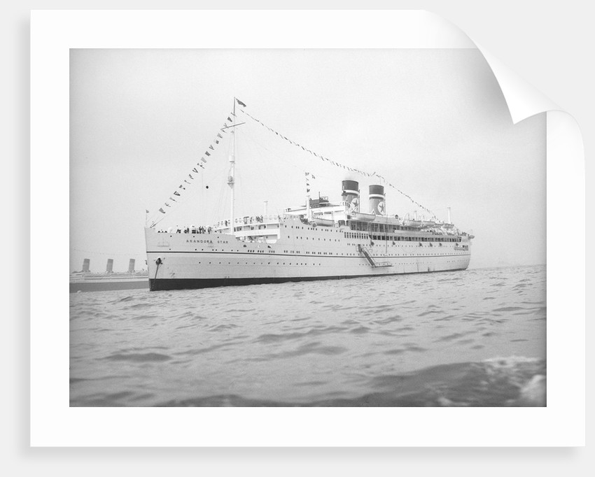 Arandora Star (Br, 1927) anchored in Line H at Spithead for the Coronation Review by unknown
