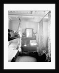 Second Class stateroom on the 'Olympic' (1911) by Bedford Lemere & Co.