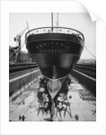 Stern view of the 'Aquitania' (1914) in drydock by Bedford Lemere & Co.