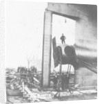 The 'Great Eastern' under construction, the position of the sternpost screw by Robert Howlett