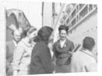 Passengers for the 'Oronsay' at Tilbury by unknown