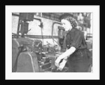 A Wren using a turning machine in the Second World War by unknown