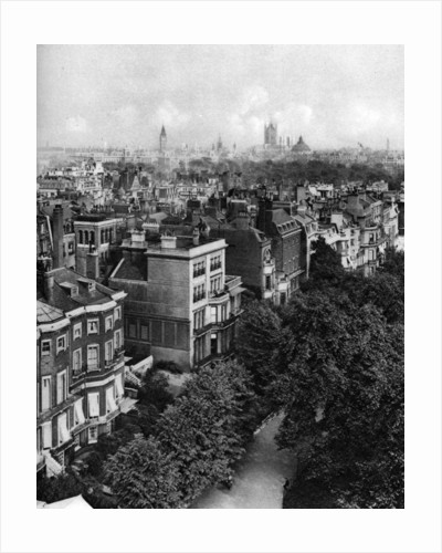 Houses along Queen's Walk, Green Park, London by McLeish