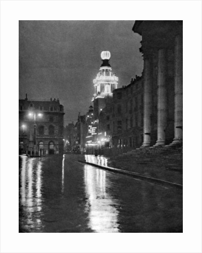 Wet weather in Trafalgar Square, London by Paterson