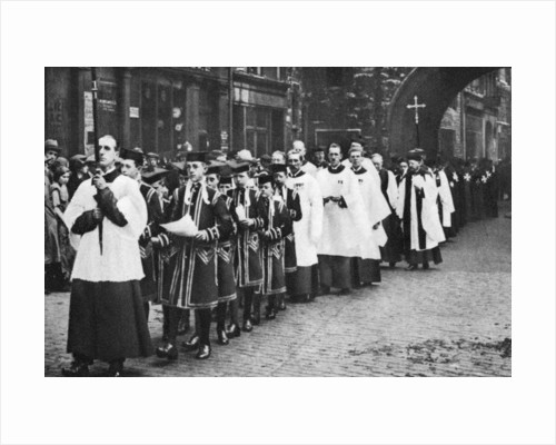 Chapel Royal choirboys in procession, Clerkenwell, London by Anonymous