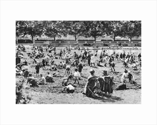 Sand pit, Bishop's Park, Fulham, London by Anonymous