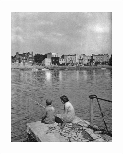Strand-on-the-Green, Chiswick, London by McLeish