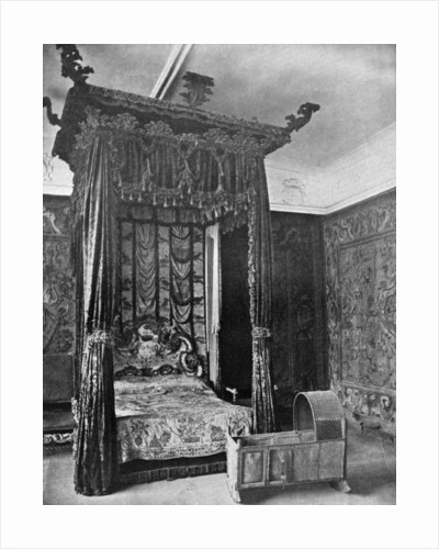 Queen Elizabeth's bed, Haddon Hall, Derbyshire by Anonymous