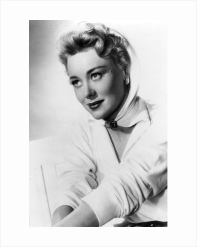 Glynis Johns, British actress, singer and dancer by Rank Organisation