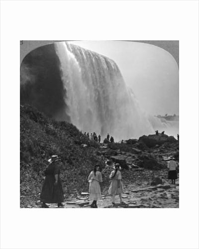 American Falls, Niagara Falls, New York, USA by Realistic Travels Publishers