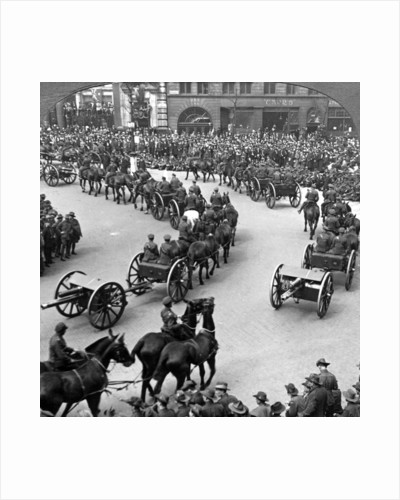 Commemoration of the end of World War I, London by Realistic Travels Publishers