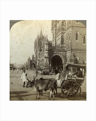 'Ekka', outside Victoria Station, Bombay, India by Underwood & Underwood