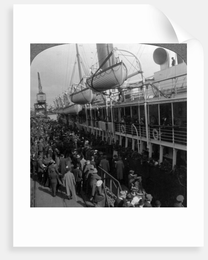 Aviation Corps boarding a ship, World War I by Realistic Travels Publishers