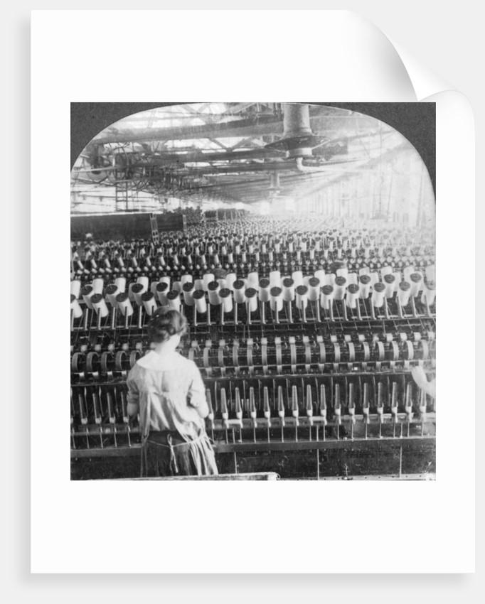 Spinning room, Philadelphia, Pennsylvania by Keystone View Company
