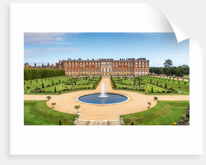 The Privy Garden, Hampton Court Palace by Unknown