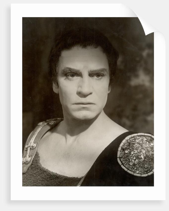 Coriolanus 1959, Laurence Olivier as Coriolanus by Angus McBean