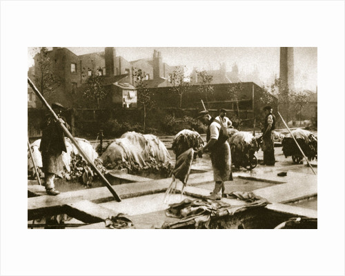 Making leather in the lime yard at Neckinger Mills by Anonymous