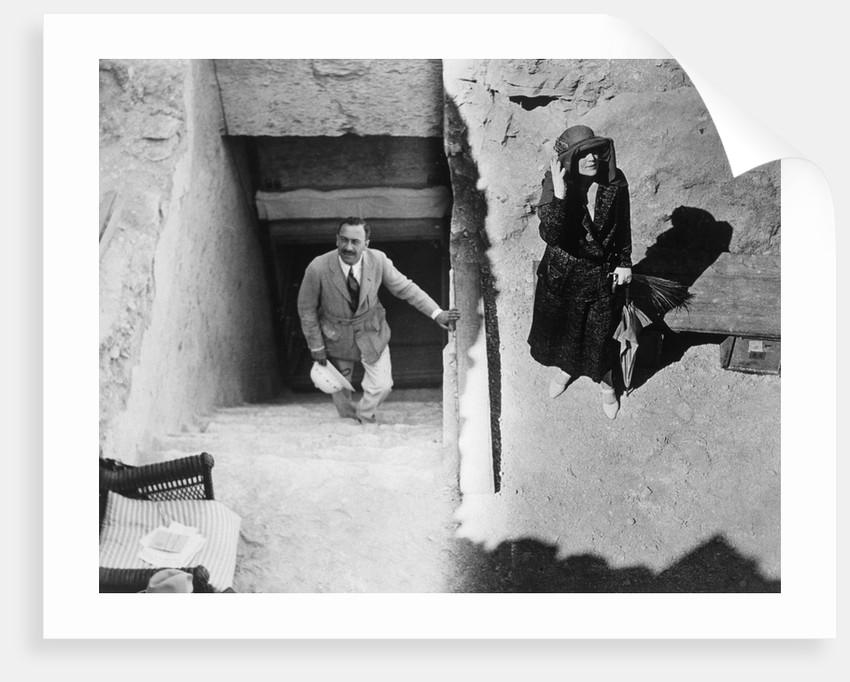 Visitors to the Tomb of Tutankhamun by Harry Burton