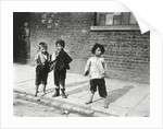 Street urchins in Lambeth by Anonymous