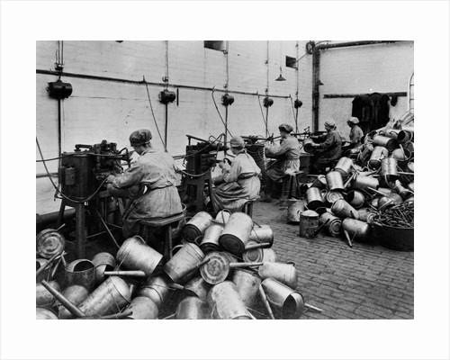 Female Workers, Bradley & Company Ltd (Beldray), Bilston, Early 20th century by unknown