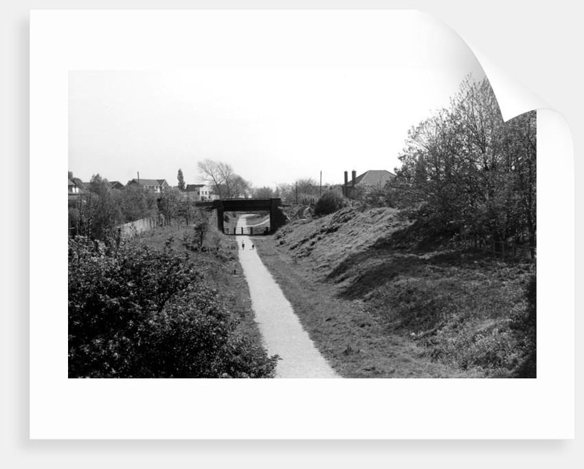 Kestrel Way, viewed from Highfields Road Bridge, Bilston, 1990 by unknown
