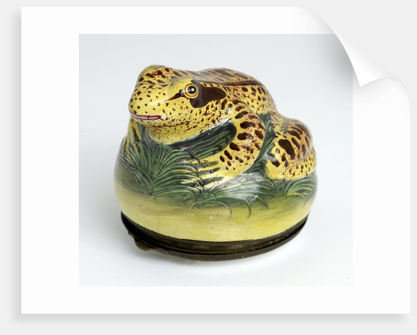 Frog shaped snuff box by unknown