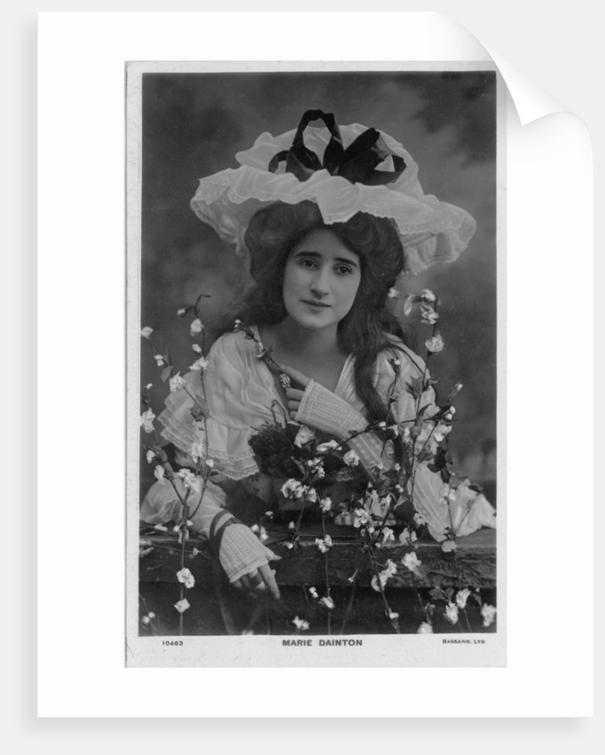 Celebrities of the Stage: Miss Marie Dainton, 1903 - 1908 by unknown