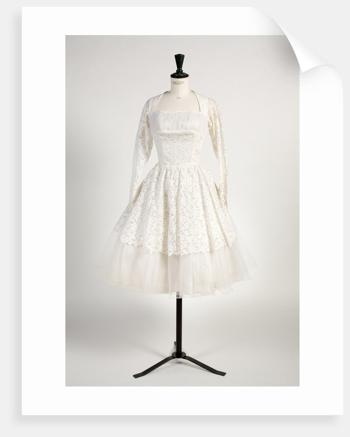Wedding dress of Nottingham Witchcraft lace, 1961 by unknown