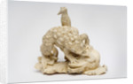 Carved ivory okimono: two frogs fighting, 1550 - 1600 by unknown